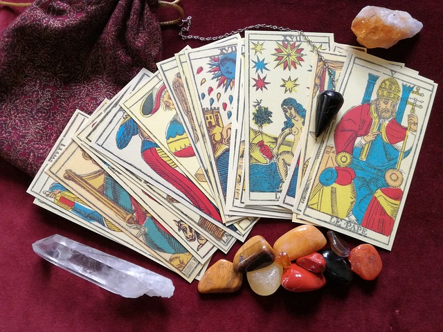 2 Videos Teaching The Meanings Of The 78 Tarot Cards – Not To Be Missed!